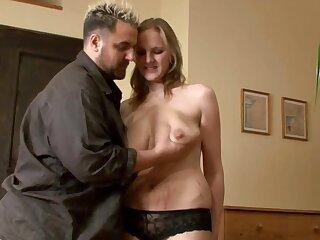 Blonde Pregnant Huge-Boobs-MILF fucked